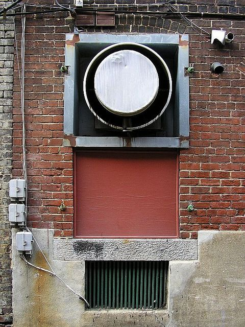 Looking for air conditioning service Frisco, TX citizens like you can depend on for fast, reliable service no matter the time of day or evening?  - http://danielsair.com/frisco/air-conditioning-service-frisco-tx/