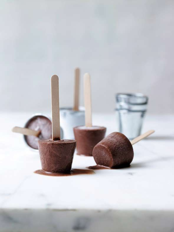 Chocolate Fudge Pops Recipe (These chocolate fudge pops look like fudgsicles. They even taste like fudgesicles. But they're made with real ingredients including cocoa, coconut milk, honey, and vanilla extract. Paleo friendly.)