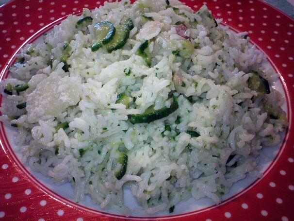 Che bontà!!! Risotto (di riso basmati) con zucchine e pancetta. Una delizia...