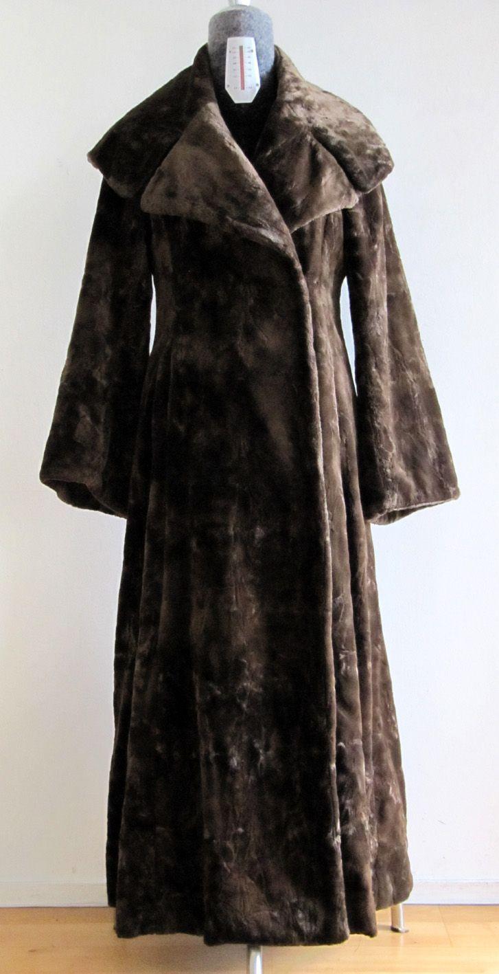 Vogue pattern 2204 Montana, my fake fur version of this coat