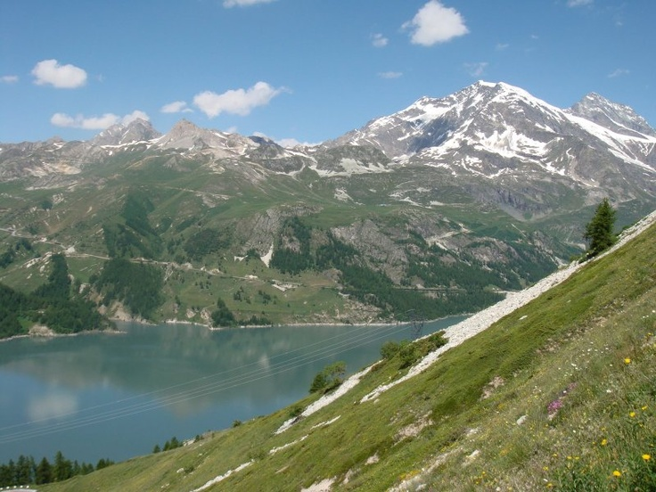 Tignes lake