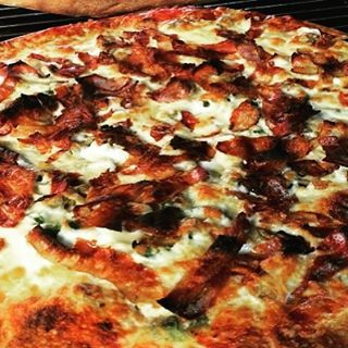 You can order this at our Manotick Location, for Breakfast! The rest of our locations will be Open at 11:00 am! #manotick (613) 6-92-92-92 online at milanopizza.ca  #ottawa #ottawapizza #pizzaporn #pizzalover #foodie #foodporn #algonquincollege #ottawau #uottawa#carletonu #foodlover #pizzabae #rideaucanal #milanopizza #clubsandwhich #baconlover  #parliament #charity  #followback #senators  #Chef #care #bacon #hungry