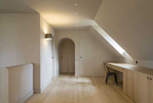 Landelijk interieur zolder