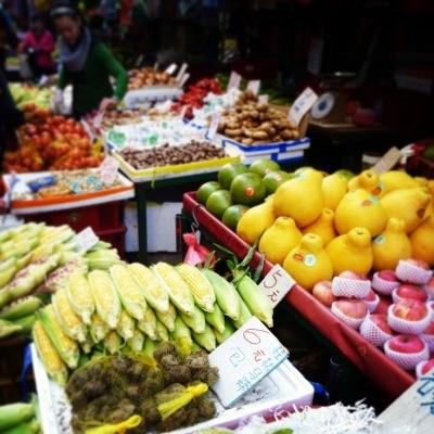 Fruit and Veg Market Hong Kong by Kate Bergmann- Mona and Midge - blog