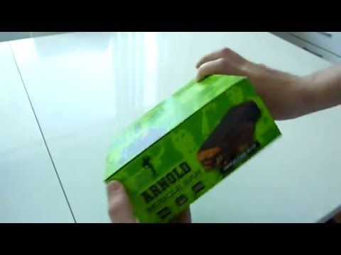 Arnold, Muscle Bar, High Quality Protein Bar, Chocolate Peanut Butter unboxing video - YouTube