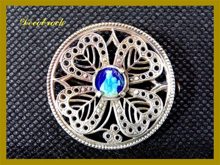 broche ancienne religieuse émail  bleu Vierge marie vintage France cadeau  communion confirmation de la boutique decobrock sur Etsy