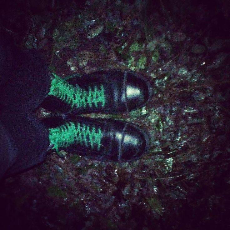 #Repost @kristofmakay  Colors No.8  #boots #forest #night #flashlight #green #rocker