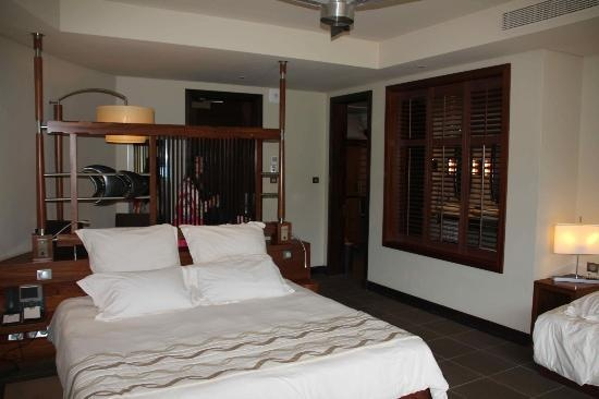 La chambre (vincent r, Jul 2012)  excellent!!! - Trou aux Biches Resort & Spa - Mauritius