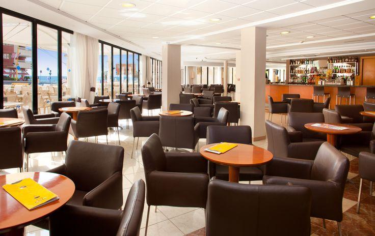 Zona de bar y cafetería - Hotel RH Corona del Mar Benidorm