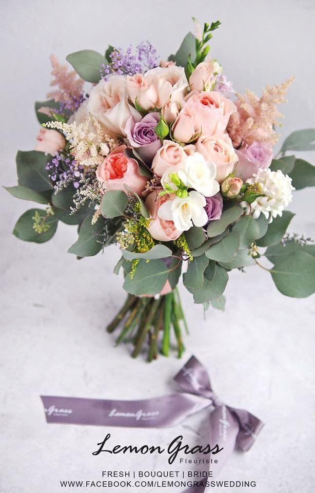 peach bouquet www.facebook.com/LemongrassWedding #flower #bride #bouquet #lemongrasswedding #bridebouquet #freshflowers #wedding #florist #corsage #weddings #bridesmaids #silkflowers