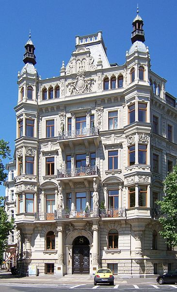 Typical historicist house: Gründerzeit building by Arwed Roßbach in Leipzig, Germany (built in 1892)