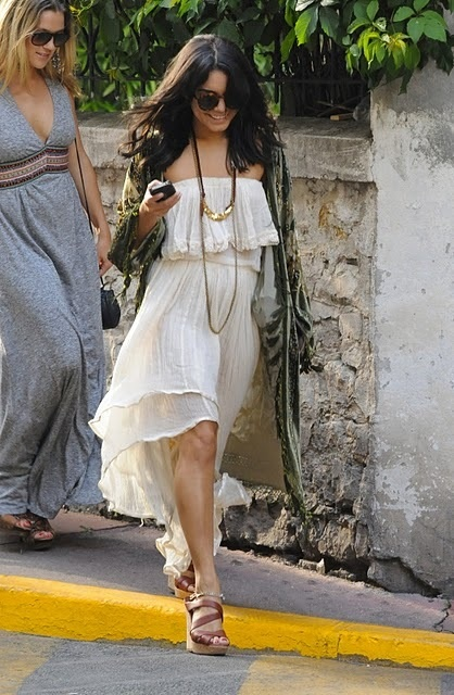 Vanessa Hudgens Summer Style Outfit Inspiration Pinterest Vanessa Hudgens Wedges And