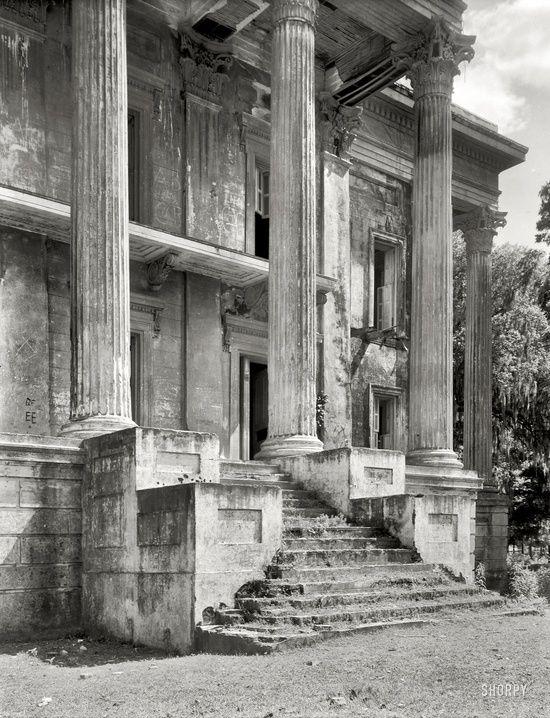 Abandoned. Iberville Parish, Louisiana, Belle Grove, 1938.