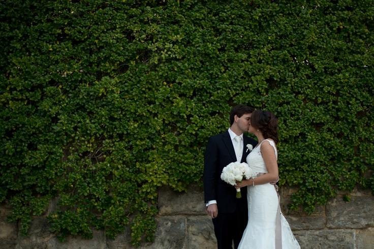Hana + Scott  www.capturinglifescolour.com