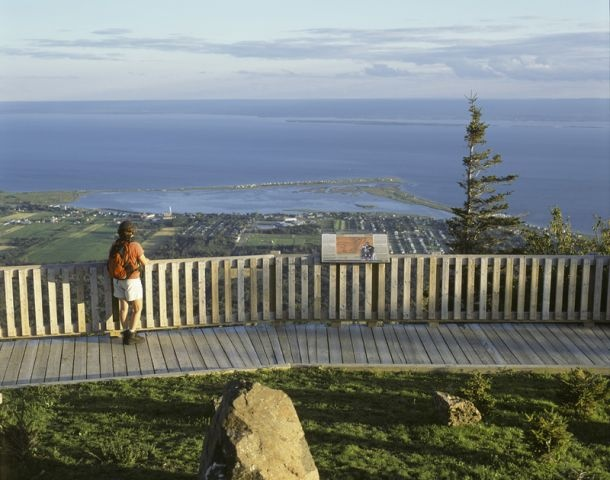 Mont-Saint-Joseph, Carleton-sur-Mer. Photo : Jean-Pierre Huard. #Gaspesie