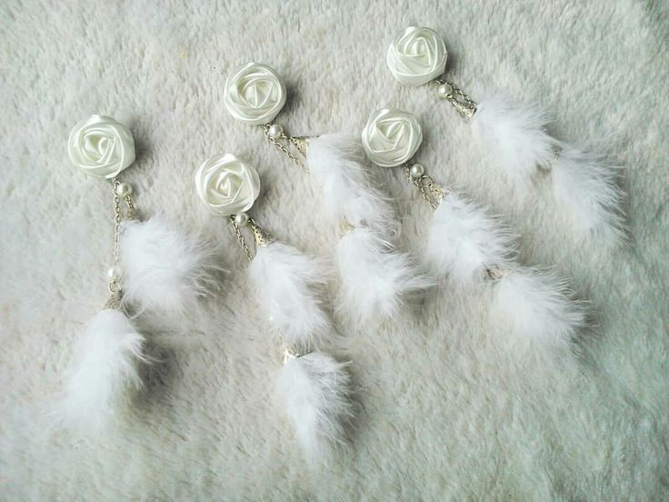 Charming White Feather Brooch