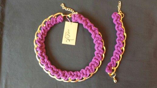 Collar y pulsera a juego de cadena con tela trenza de NANUK accessoris. Disponible en más colores. www.facebook.com/nanukaccessoris