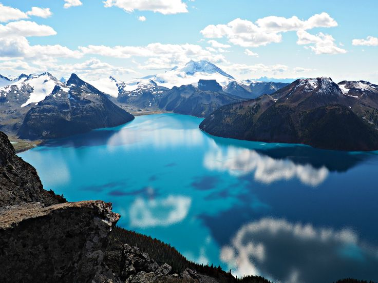 Vancouver - Hiking Panorama Ridge In One Day and hybrid car rental recommendation