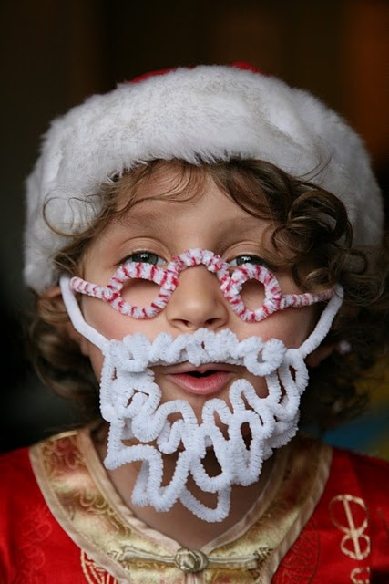 Pipe cleaner beard and glasses