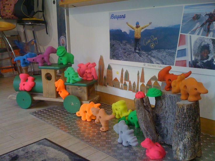 Klettergriffe speziell für Kinder bei uns im #alpenkind