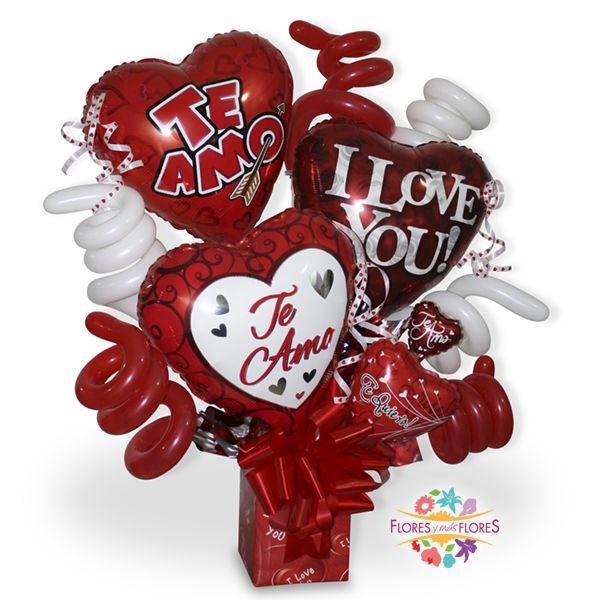 NOVIOS | F-0055 Bouquet de Globos realizado con 3 globos metálicos de 18 pulgadas, 1 globo metálico de 9 pulgadas, 1 globo metálico de 3 pulgadas, 6 globos spaghetti y moño sobre una caja decorada. $ 650 + envío