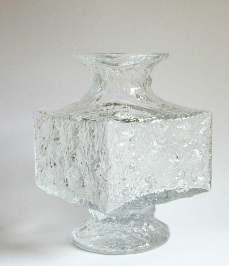 iittala timo sarpaneva crassus larger vase 20th. Black Bedroom Furniture Sets. Home Design Ideas