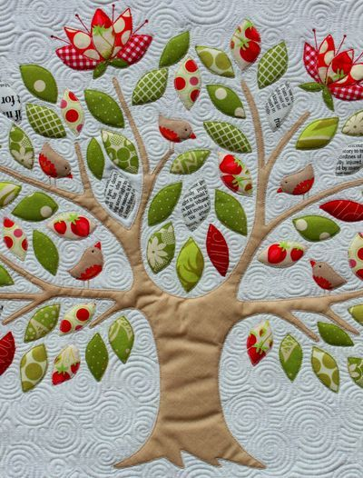 This is what ive been looking for! Im going to use all green leaves though and embroider names on them to make a Family Tree quilt!! Closest pattern I could find to the idea I have in my head :)