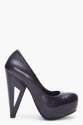 SURFACE TO AIR //  BLACK MATTE LEIGH PUMPS $515: Leigh Pumps, Matte Leigh, Black Matte, Leather Pumps, Matte Black, Matte Leather, Air Black, Heels Leather, Shoes Heels