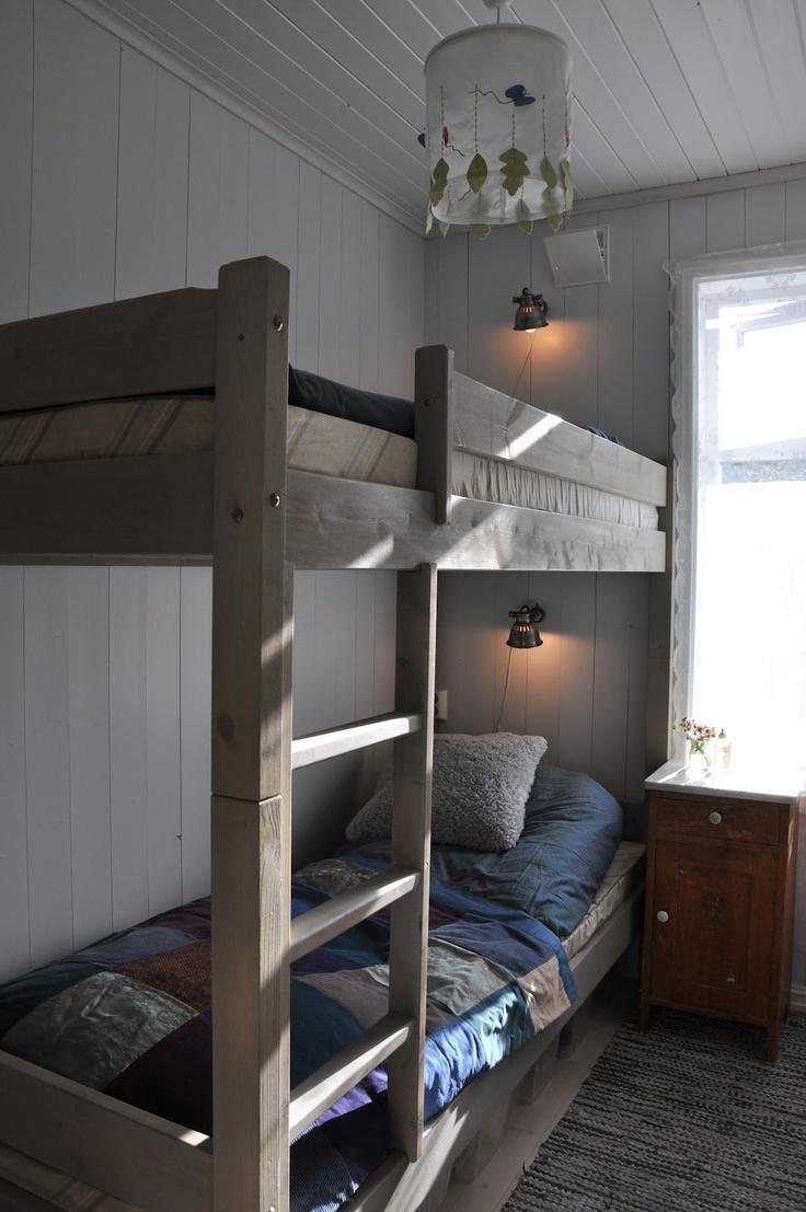 tiny bedroom. Scandinavian Retreat