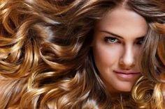 Veja aqui uma receita para clarear os fios naturalmente: cabelos com luzes naturais sem tintura, veja como fazer!