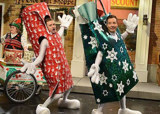 Justin Timberlake and Jimmy Fallon star in SNL's Wrappinville skit