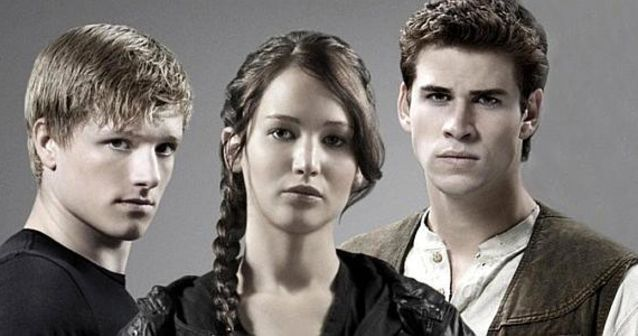 """As we prepare to say goodbye to The Hunger Games franchise, take a look back at all of the awful choices Katniss had to make. Would you make the same decisions if you were a resident of Panem? Take this Hunger Games themed, """"would you rather"""" quiz to find out"""