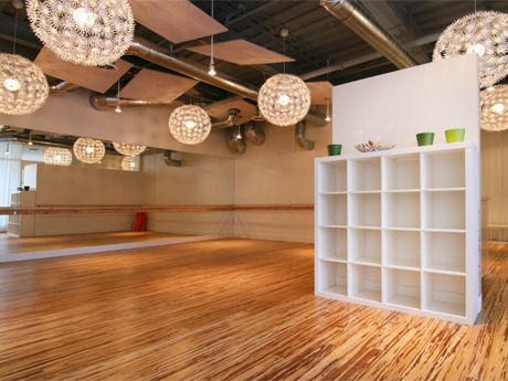 I like this wellness studio - I see myself having one like this and also use it for multi purposes :)