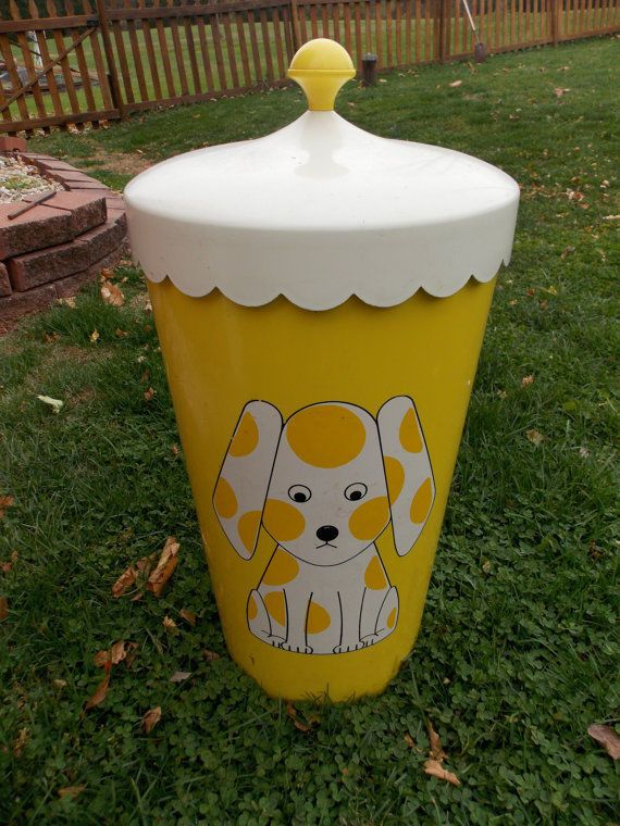 Hamper Waste Basket Bright Yellow Plastic with Lid MidCentury Modern Dog Theme #Unbranded