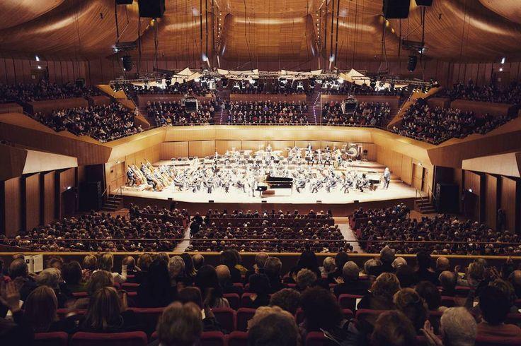 Sold out ieri sera per il concerto dell'Orchestra dell'Accademia Nazionale di Santa Cecilia diretta da Valery Gergiev. Solista al pianoforte  Seong-Jin Cho.  #musica #sinfonica #concerto #soldout #rachmaninoff #auditorium #classica #russia #bestpic #concerthall #conducor #piano #santacecilia