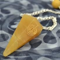 Kyvadlo - aventurín žlutý, s reiki symbolem
