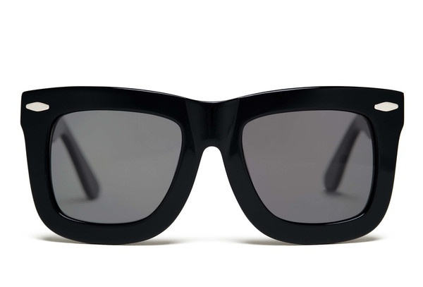 Grey Ant's oversized sunglasses. Totally getting a pair!!