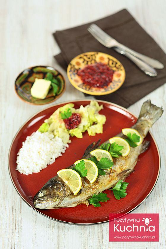 Pstrąg cytrynowy - pyszna #ryba smażona lub z #grill.a, pachnąca ziołami i cytryną  http://pozytywnakuchnia.pl/pstrag-cytrynowy/  #pstrag #przepis #kuchnia