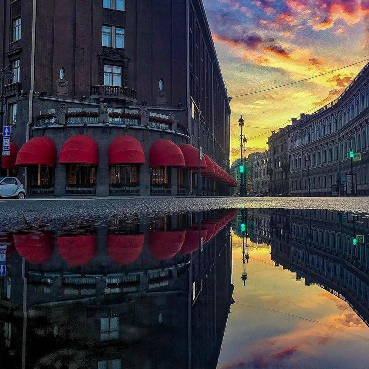 Bolshaya Morskaya Street.  Photo by: __Erratic__  Follow us on: - https://goo.gl/NKk858 - Twitter: https://goo.gl/PlLXiR - Pinterest:https://goo.gl/9NIzFX - Facebook:https://goo.gl/Y7XnNU  #peterburg#st_petersburg#stpetersburg #peterburg#spb#питер#Saintpetersburg#photooftheday #санктпетербург#этоПитерДетка #saint_petersburg#Russia#Saintpetersburg #saint_p#spb_planet#spbphoto#lovepetersburg #spb_live#rus_places #spb_inst#loves_russia#санктпетербург#photographer #russianminiatures#spb…
