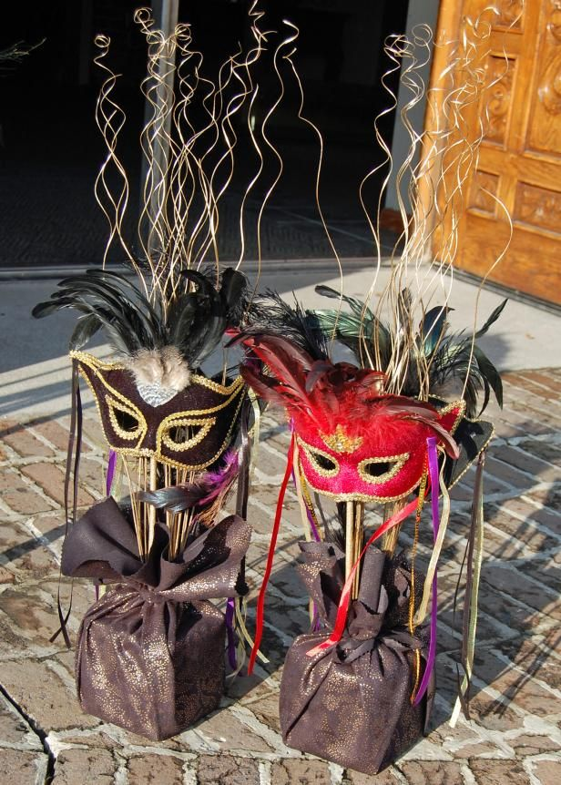 Planning a masquerade ball? DIY Network has clever ideas for decorations and centerpieces.