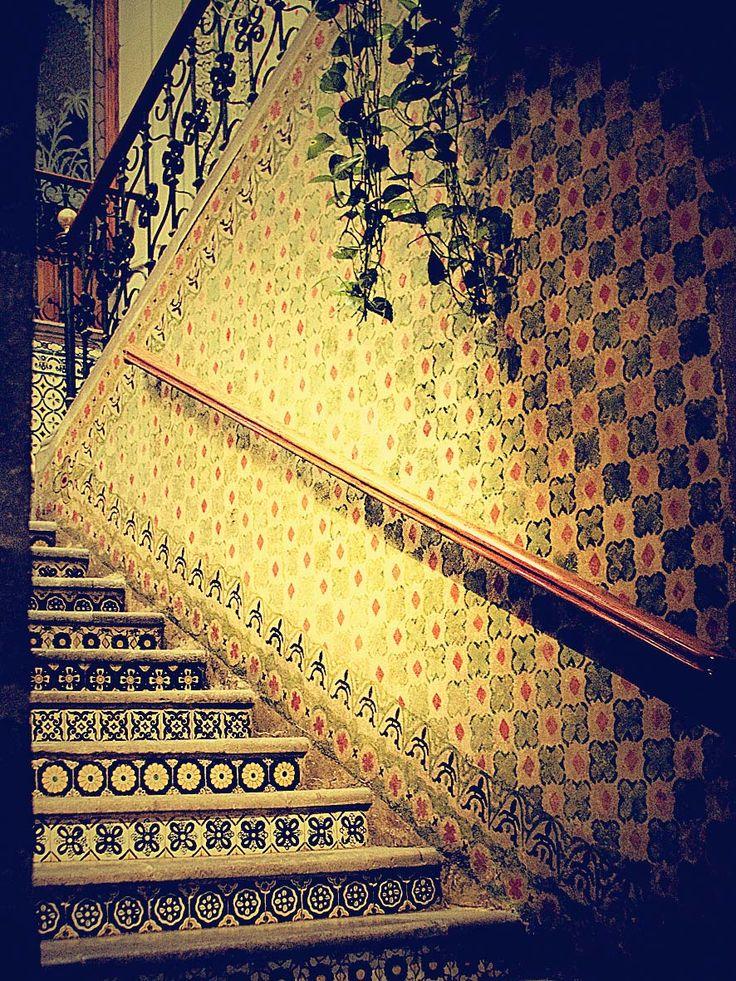 Casa de la Marquesa, Queretaro- I love the tiled stairway