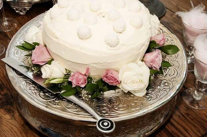 #WeddingCake #Cake #Pastel #Milkybar