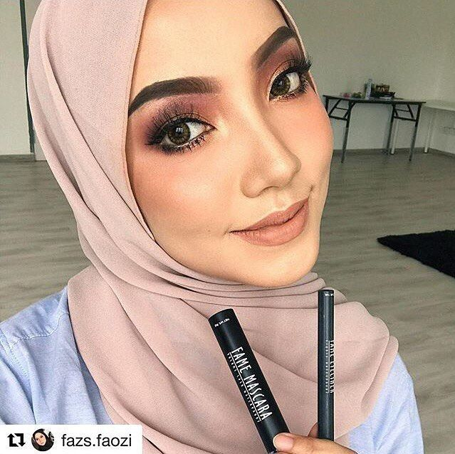 And this look takkan perfect without Mascara & Eyeliner from Fame. Must have produk yg mesti kena ada setiap kali kakfaz makeup. Loveee it so much ❤️ #fame #famecosmetic #famemascara #fameeyeliner #mascara #eyeliner http://ameritrustshield.com/ipost/1552997260723718660/?code=BWNWsfOl4oE