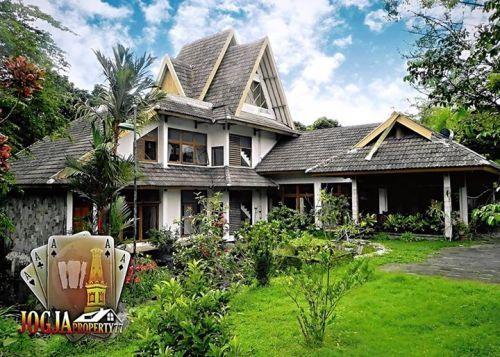 RUMAH ARTISTIK 3 LANTAI (HOOK) VIEW MERAPI NAN ASRI & SEJUK Pakem, Pakembinangun Pakem » Sleman » Yogyakarta