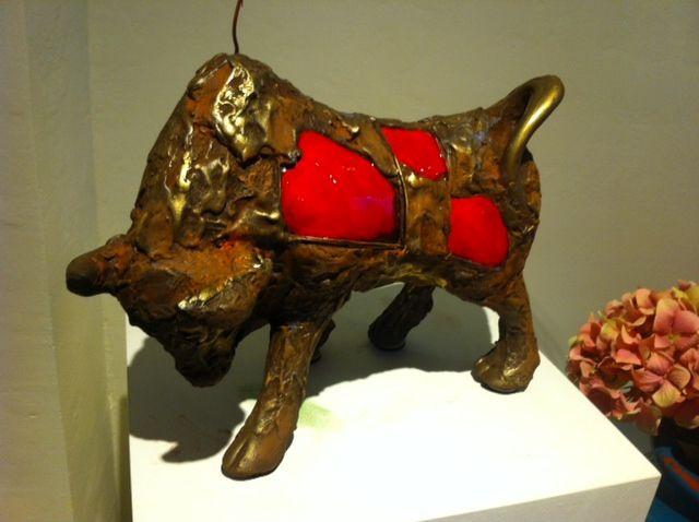 toro Ziña tallado ceramica