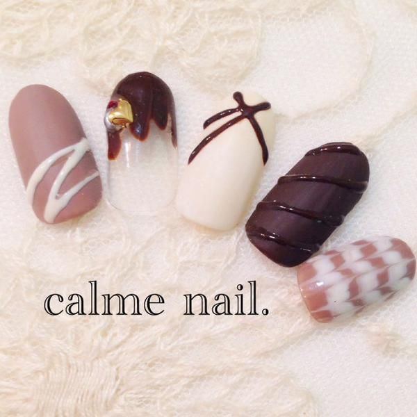かわいすぎる「チョコネイル」!バレンタインにおすすめ♡ - macaroni