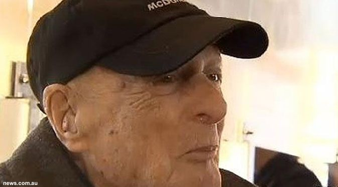 Morris Miller, Pekerja McDonald's Jadi Buruan Pelanggan | Beritasejagat.com