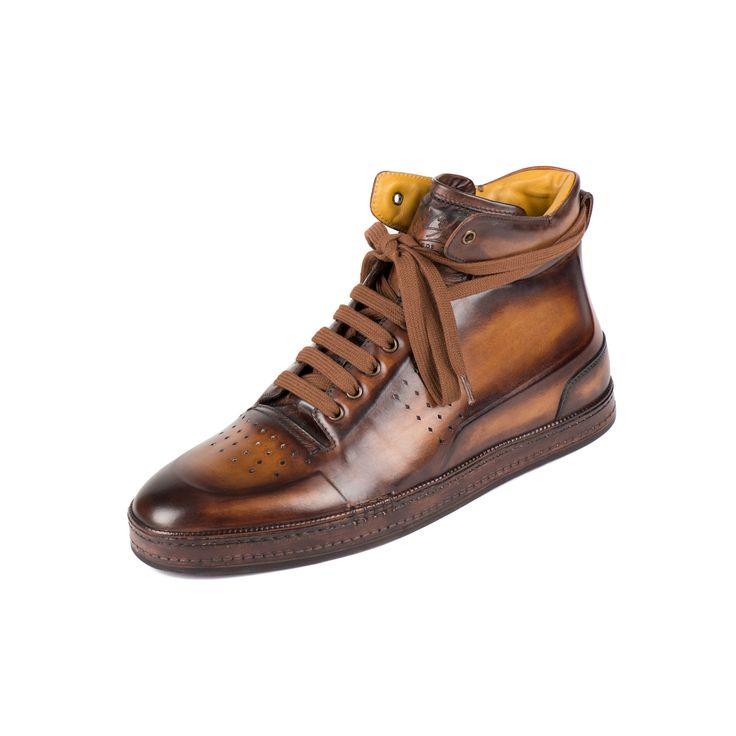 79b39d6fe7759 Le style en sneaker   Une évidence avec cette paire basse taillée dans une  seule pièce