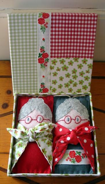 www.cestodaroupa.blogspot.com bonecas de cheiros, saquinhos de alfazema
