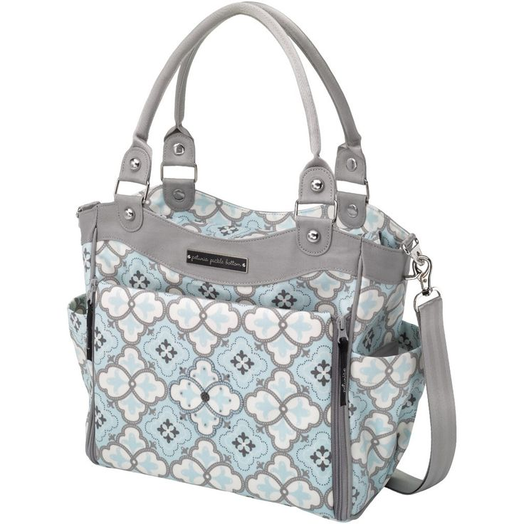 The Petunia Pickle Bottom All City Carryall - perfect for little bebe! @Meggie Bennett @Project Nursery + Project Junior: Carry Cities, Bottoms Cities, Diapers Bags, Diaper Bags, Classic Crete, Petuniapicklebottom, Petunia Pickle Bottom, Baby, Petunias Pickled Bottoms